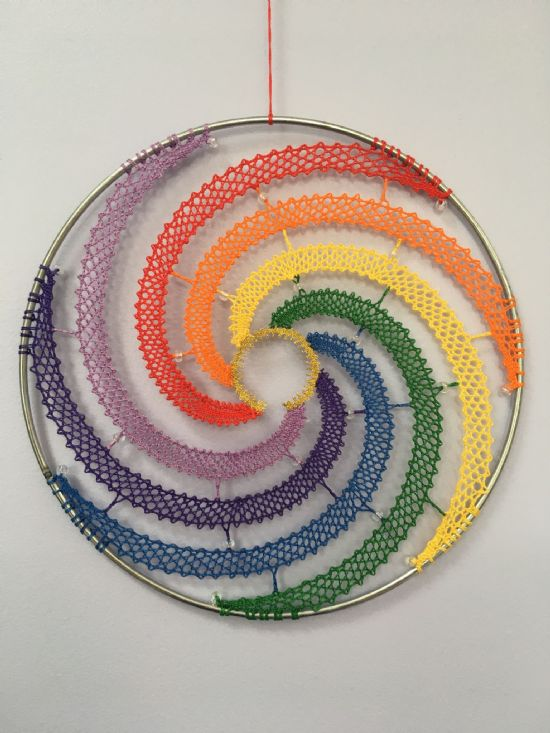 Rainbow In A Ring Torchon Bobbin Pattern